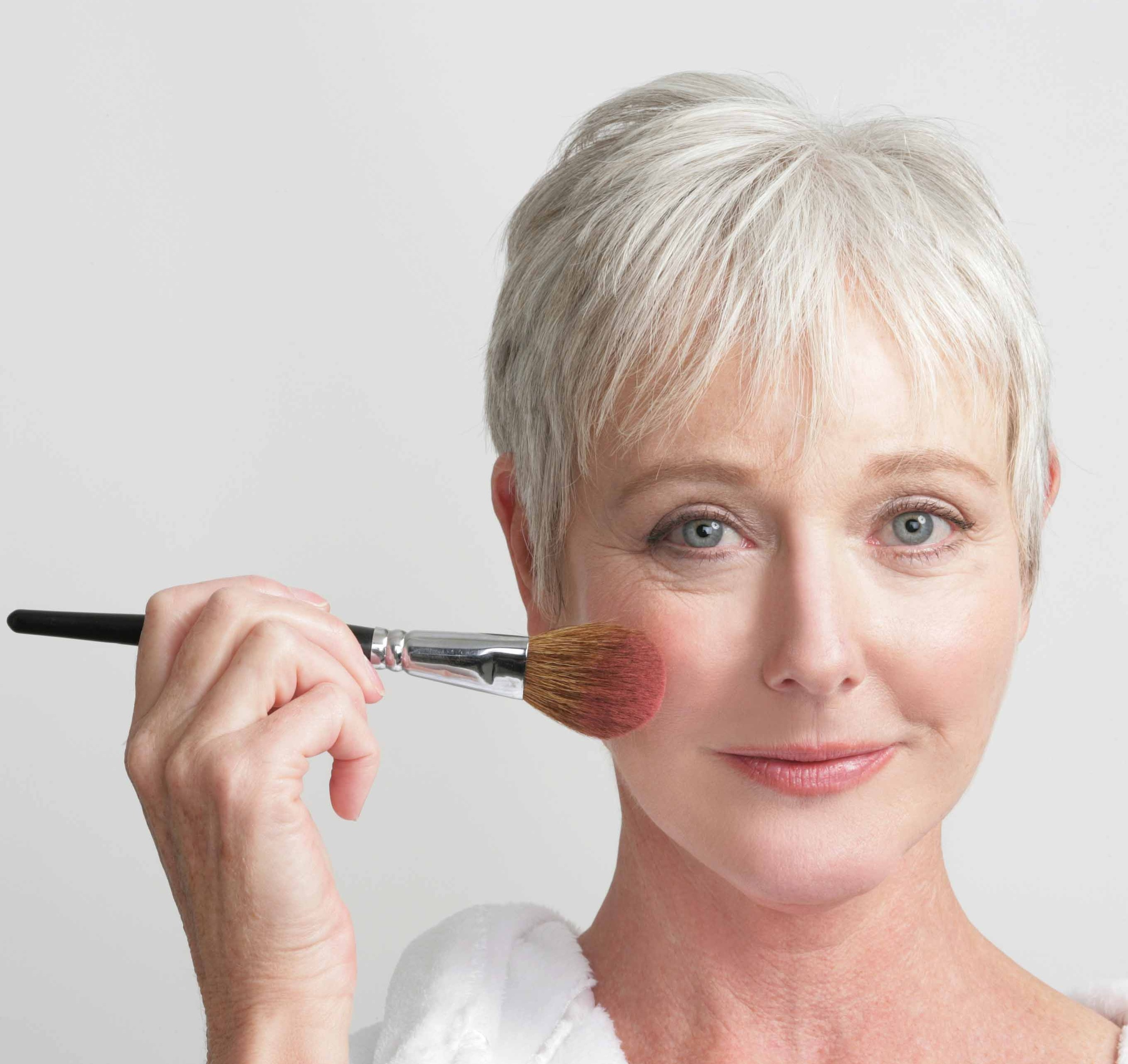 Aging vs. Forever Young: Anti-Aging Tips